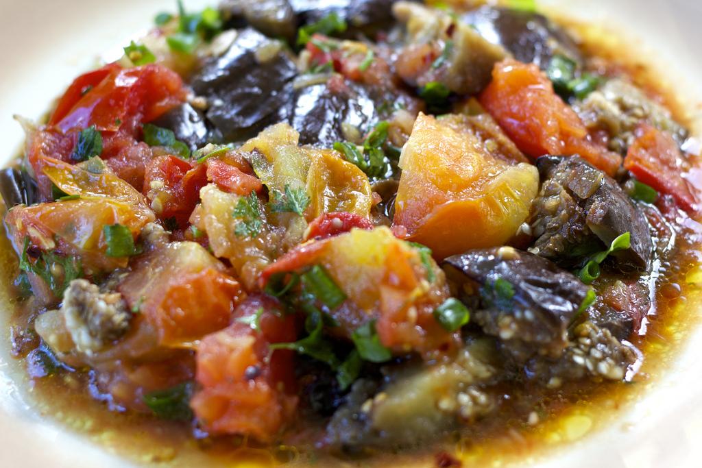 Salada de Beringela com Tomates