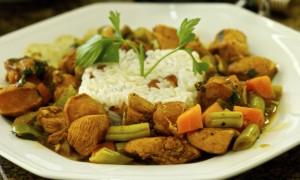 Frango com Linguiça ao Curry