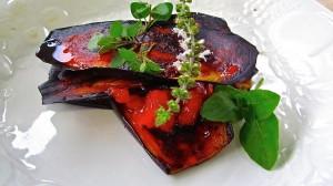 Sanduiche marroquino de Beringela com Tomate e Chilis